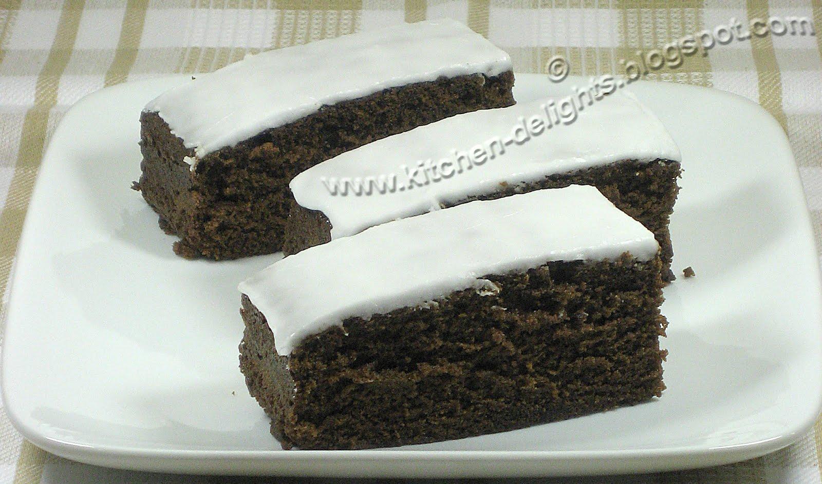 Ginger Cake With Lemon Topping