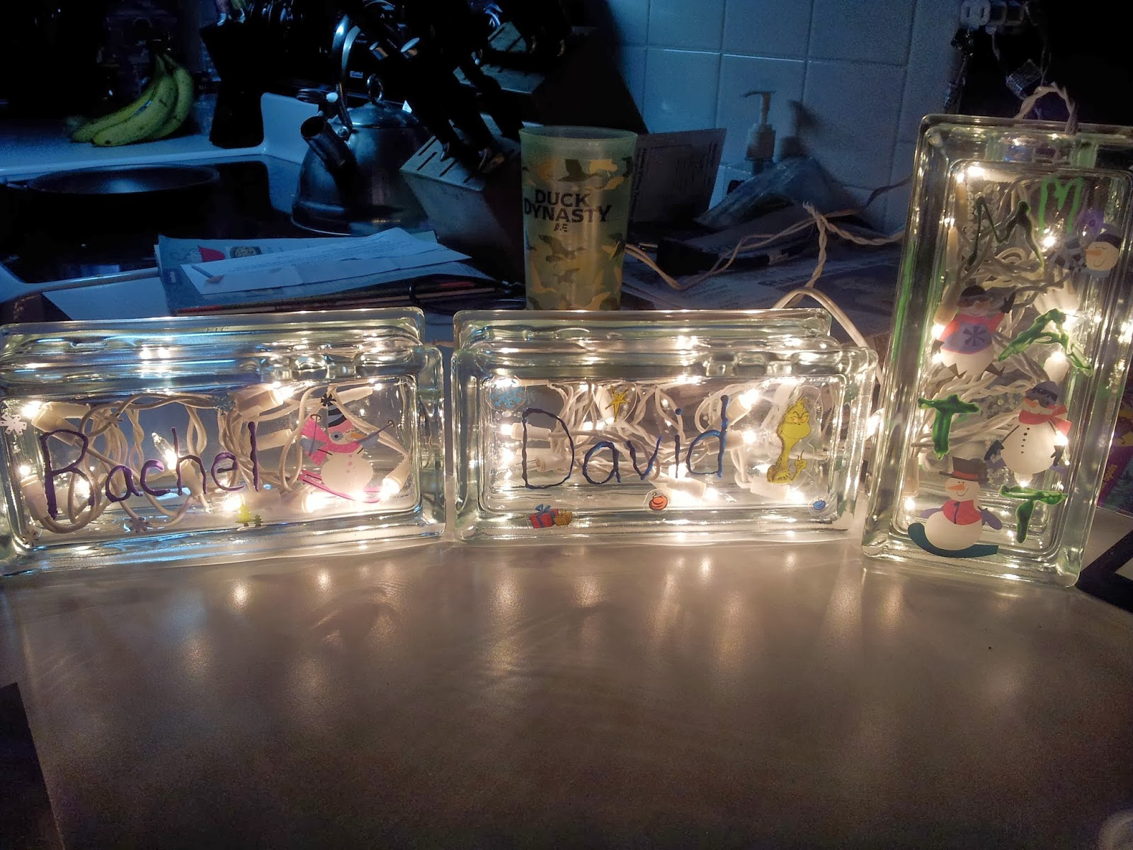 Working Mom Wonders: Glass Block Christmas Decoration