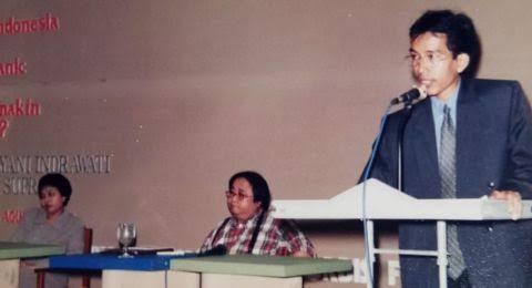 Viral Foto Sri Mulyani dan Jokowi saat 1998, Sri Mulyani Diramal Jadi RI 1