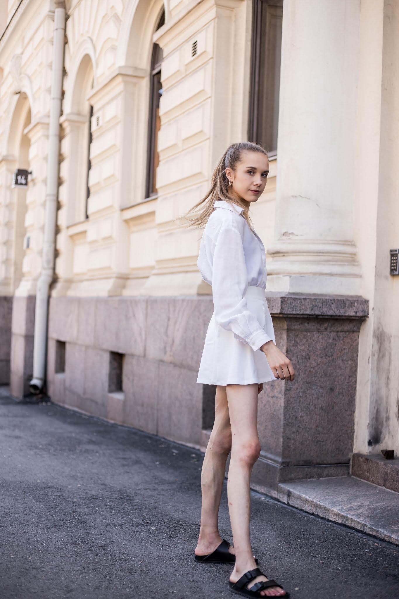 Kokovalkoinen asukokonaisuus kesään // All white summer outfit