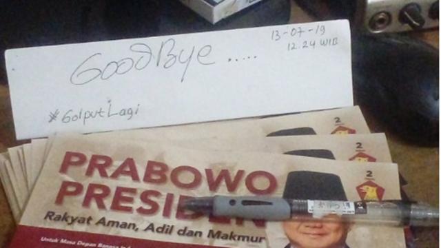 Pendukung yang Kecewa: Goodbye Pak Prabowo, You and Me End! Unfollow, Sorry!