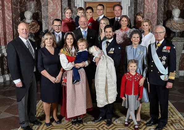 Crown Princess Victoria, Princess Sofia, Queen Silvia, Sara Hellqvist, Princess Madeleine, Marie Hellqvist, Princess Estelle