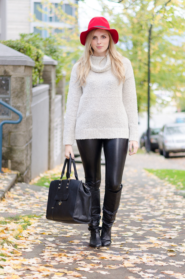 How to wear leather leggings, what to wear with leather leggings