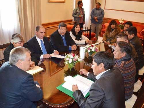 En San Salvador de Jujuy definieron acciones para mejorar el tránsito en la frontera