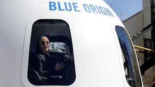Thousands sign petition to prevent Bezos from returning to Earth after space travel
