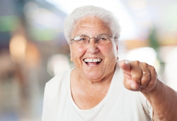 Internações de idosos com mais de 80 anos em UTIs caem após início da vacinação contra Covid  - Portal Spy Notícias de Juazeiro e Petrolina