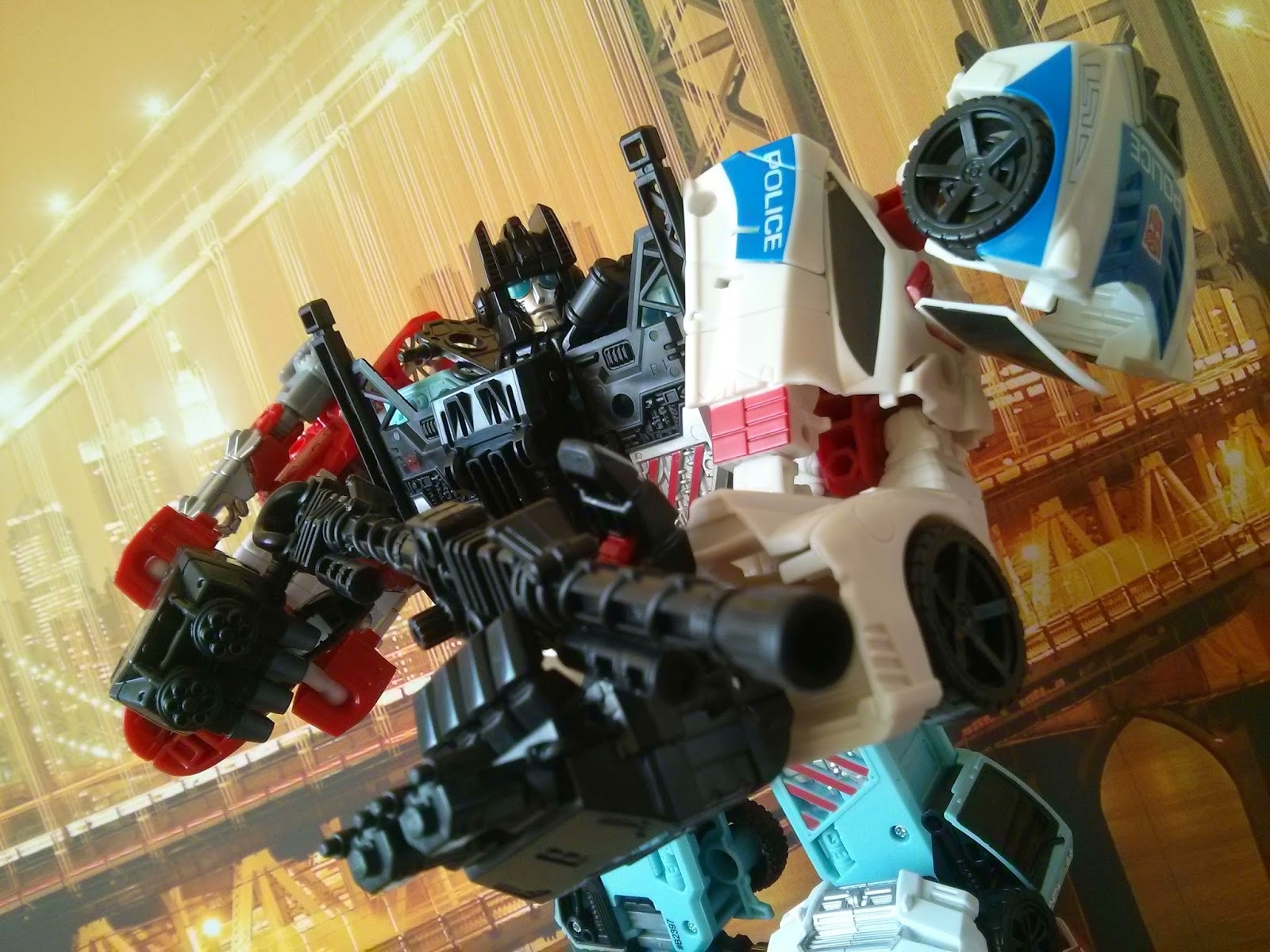 Transformers G1 Defensor combiner wars