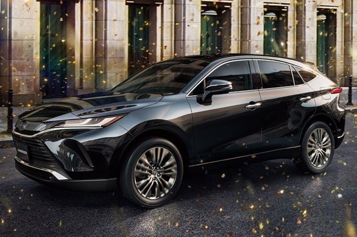 Toyota Venza bản nội địa cháy hàng trong tháng đầu mở bán