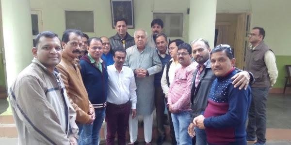 सकल व्यापारी संघ के द्वारा सामान्य निर्धन वर्ग आयोग के अध्यक्ष बालेन्दू शुक्ल किया गया स्वागत