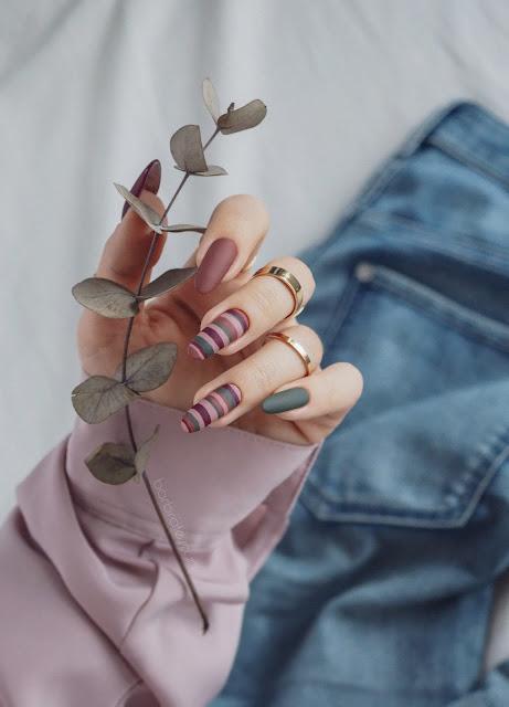 paznokcie w paski