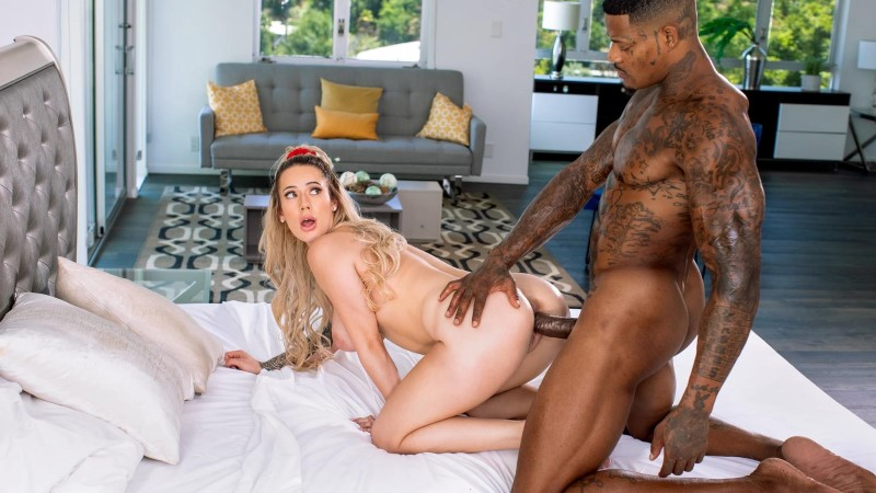 Blacked – Slide Into – LUNA SKYE