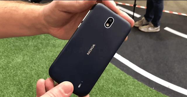 كل ما تود معرفته عن مميزات و عيوب هاتف نوكيا Nokia 1 الجديد