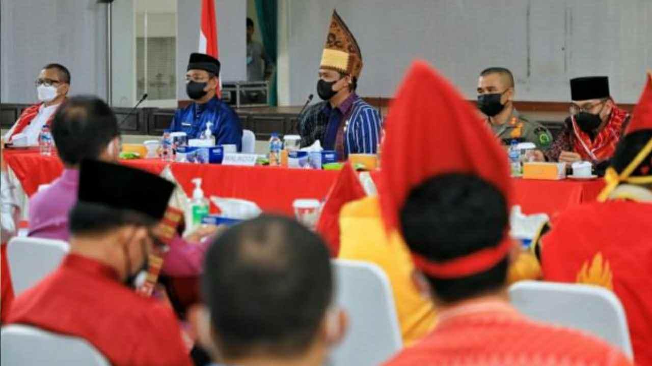 Wali Kota Medan Gelar Pertemuan Dengan Seluruh OPD dan Camat se- Kota Medan