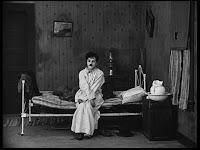 """Кадр из к/ф Чарли Чаплина """"Солнечная сторона"""" / Sunnyside (1919) - 1"""