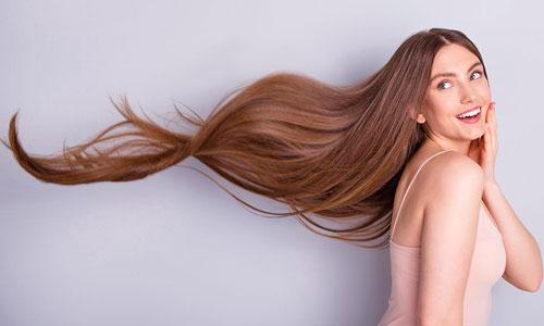 Beneficios de exfoliar el cuero cabelludo