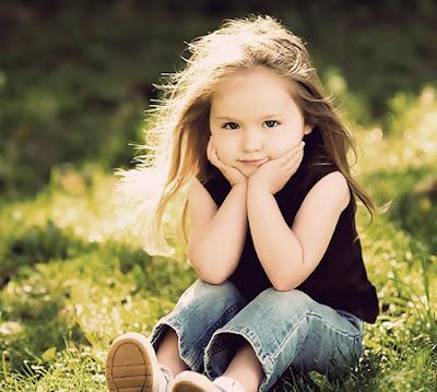 صورة بنت صغيرة