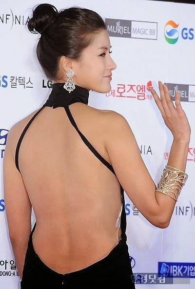 Ji Seong Won (지성원, 池成元 Chí chéng yuán) - 47th Daejong Film Festival Awards (2010) Ceremony