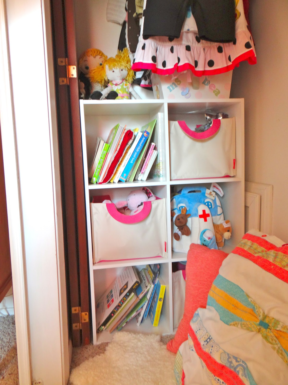 Lifewithdaugs Kids Reading Nook In A Closet