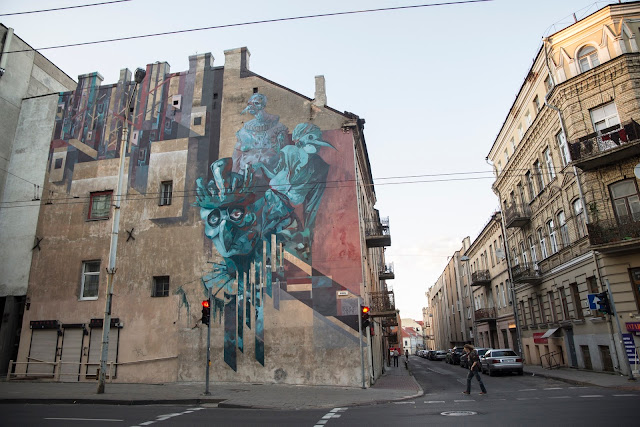 After Mobstr a few days ago, Sepe & Chazme have now completed their collaborative mural on the streets of Vilnius in Lithuania.