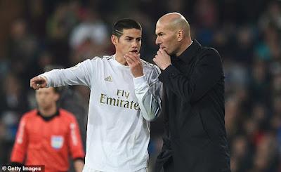 """SAO hàng đầu Real bị Zidane phán câu """"lạnh người"""": MU hỏi mua lần 2? 2"""