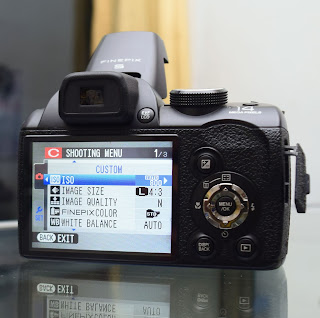 Kamera FujiFilm FinePix S4500 Second Malang