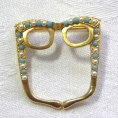 Glasses spectacle brooch by Exquisite