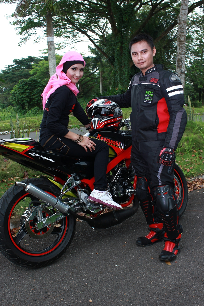 Foto Prewedding Anak Motor Ninja Prewedmoto