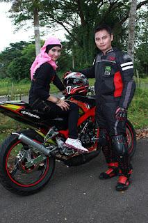Epi Friezta Dewi Hasibuan & Cecen Core : Pre-wedding Motor Kawasaki Ninja NOC MEDAN