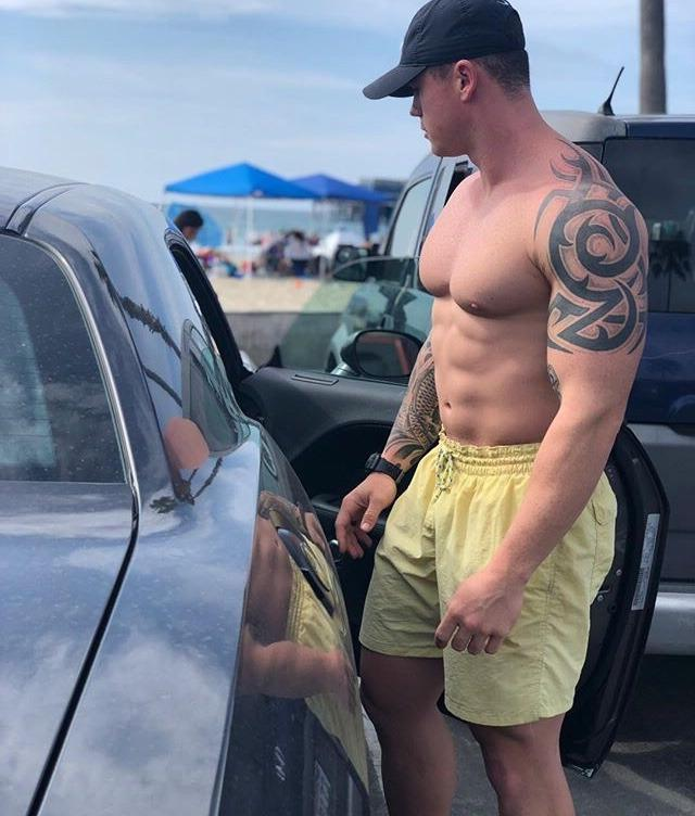 huge-beefy-daddy-bare-chest-muscle-pecs-big-male-boobs-hunk-tattoo-dilf-outside