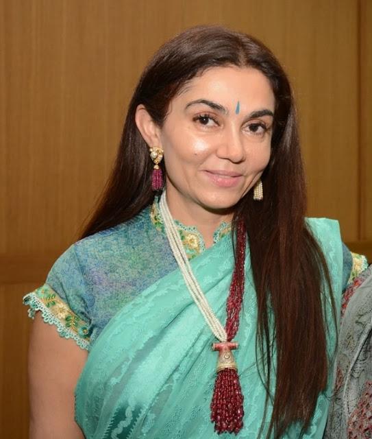 Neeva Jain