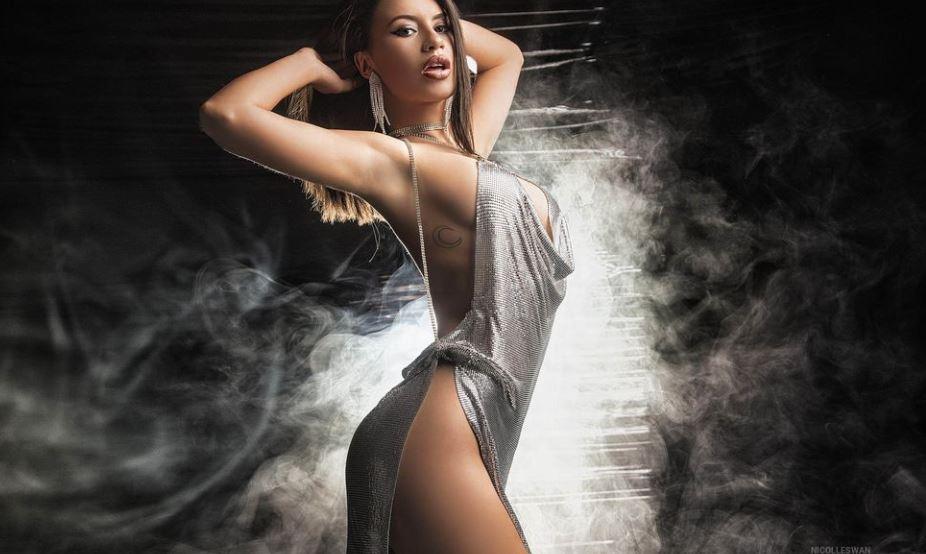 NicolleSwan Model GlamourCams