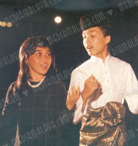Download Lagu Karna Su Sayang Wapka: Anuar Zain & Ellina - Suasana Hari Raya MP3