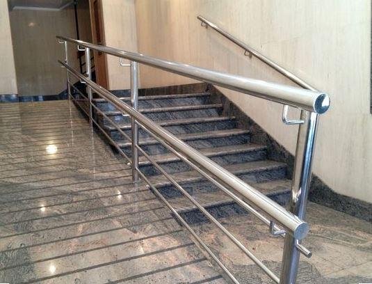 Escaleras interiores de obra escalera obras barcelona y - Escaleras interiores de obra ...