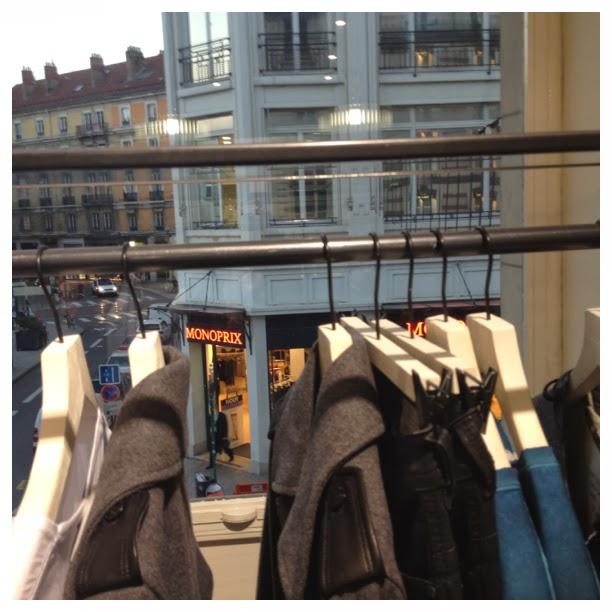 my lovely cruise la soir e de lancement du jogg jeans chez diesel grenoble. Black Bedroom Furniture Sets. Home Design Ideas