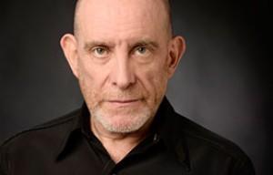 Rubén Szchumacher, Curso a Distancia, Puesta en Escena