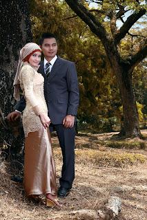 Epi Friesta Dewi Hasibuan & Arisandy Joan Hardiputra : Pre-wedding Kebaya Hijab & Jas Formal