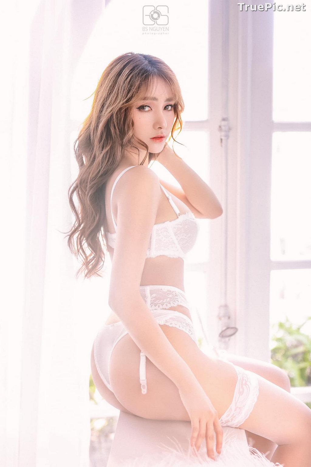 Image Vietnamese Model - Nguyen Thi Phi Yen - Beautiful Sexy White Lingerie - TruePic.net - Picture-14