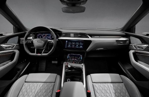 Audi S etron Cabin