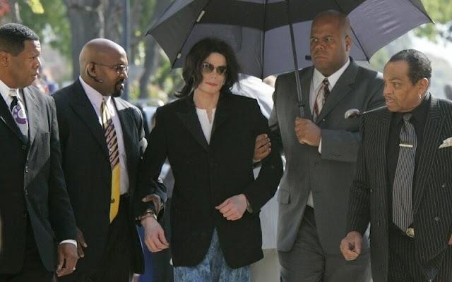 Michael Jackson no es culpable de abuso infantil