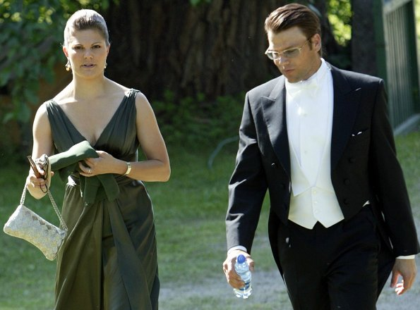 Crown Princess Victoria and Prince Daniel had attended the wedding of Rebecka and Gustaf Wiiburg