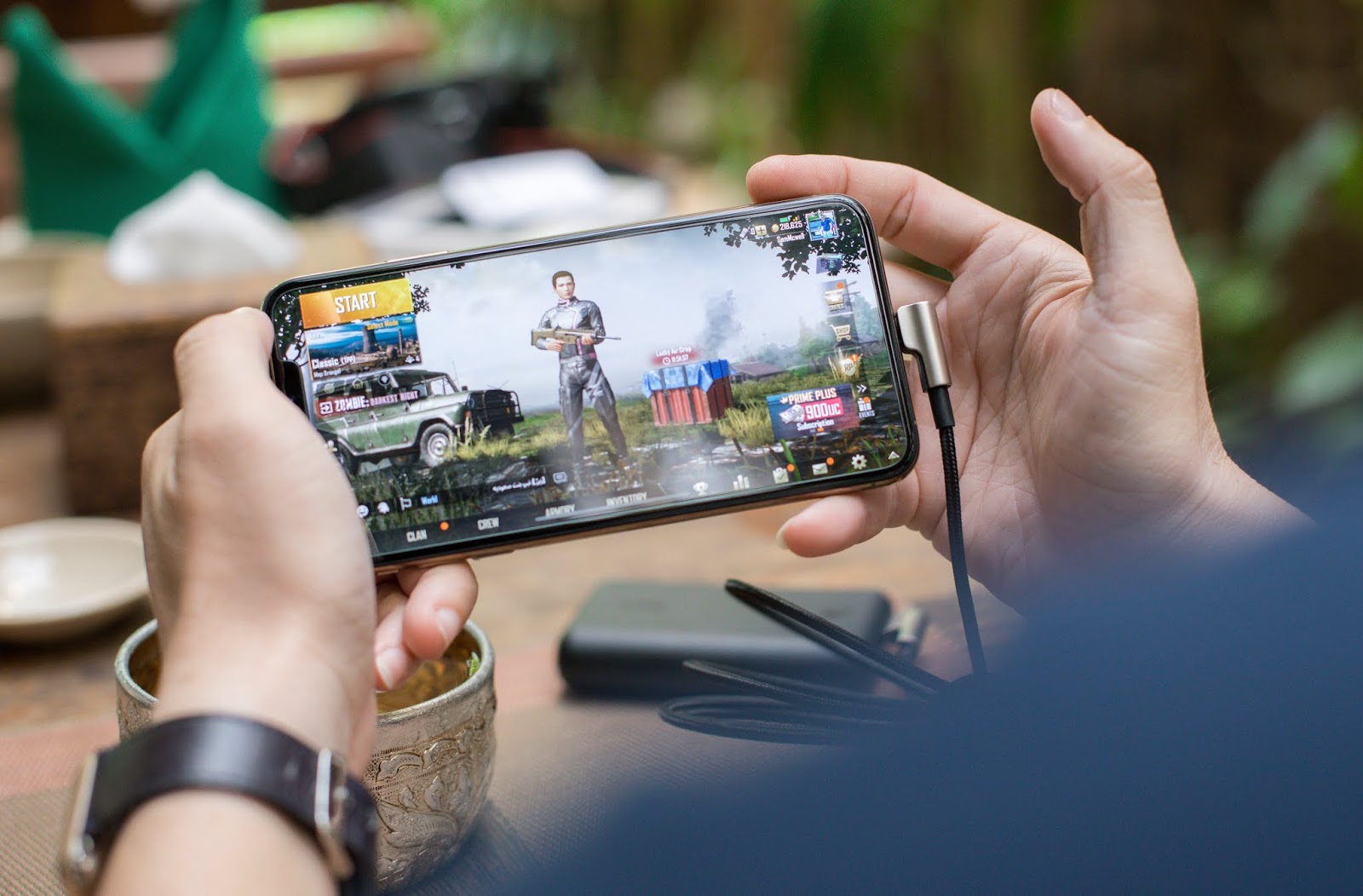 Online Smartphone & Tablet Games