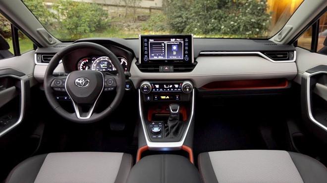 Toyota RAV4 chạm mốc doanh số 10 triệu xe trên toàn cầu