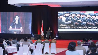 Indonesia Indicator : Perlu Diapresiasi! Ditengah Panasnya Politik 2019, Rapor Polri 68 Pemberitaan Medol Miliki Sentimen Positif