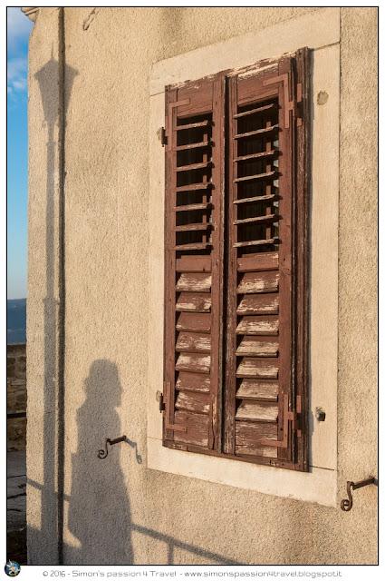 Montona ombra su casa