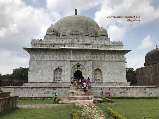 Information about hoshang shah tomb mandu