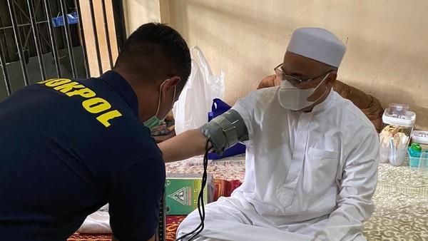 Kesehatan Habib Rizieq Dicek Polisi, FPI: Sehat, Tak Ada Keluhan
