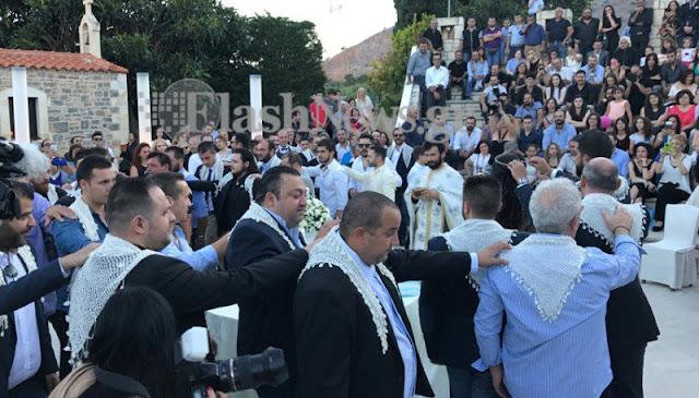 Κρητικός γάμος και βάφτιση για ρεκόρ Γκίνες με 13 νονούς και 13 κουμπάρους