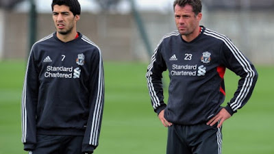 carragher told suarez not to join arsenal