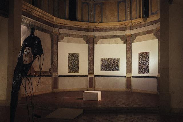 narbonne-exposition-penitents-bleus-chapelle