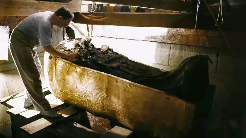 Excavation King Tutankhamun's Tomb